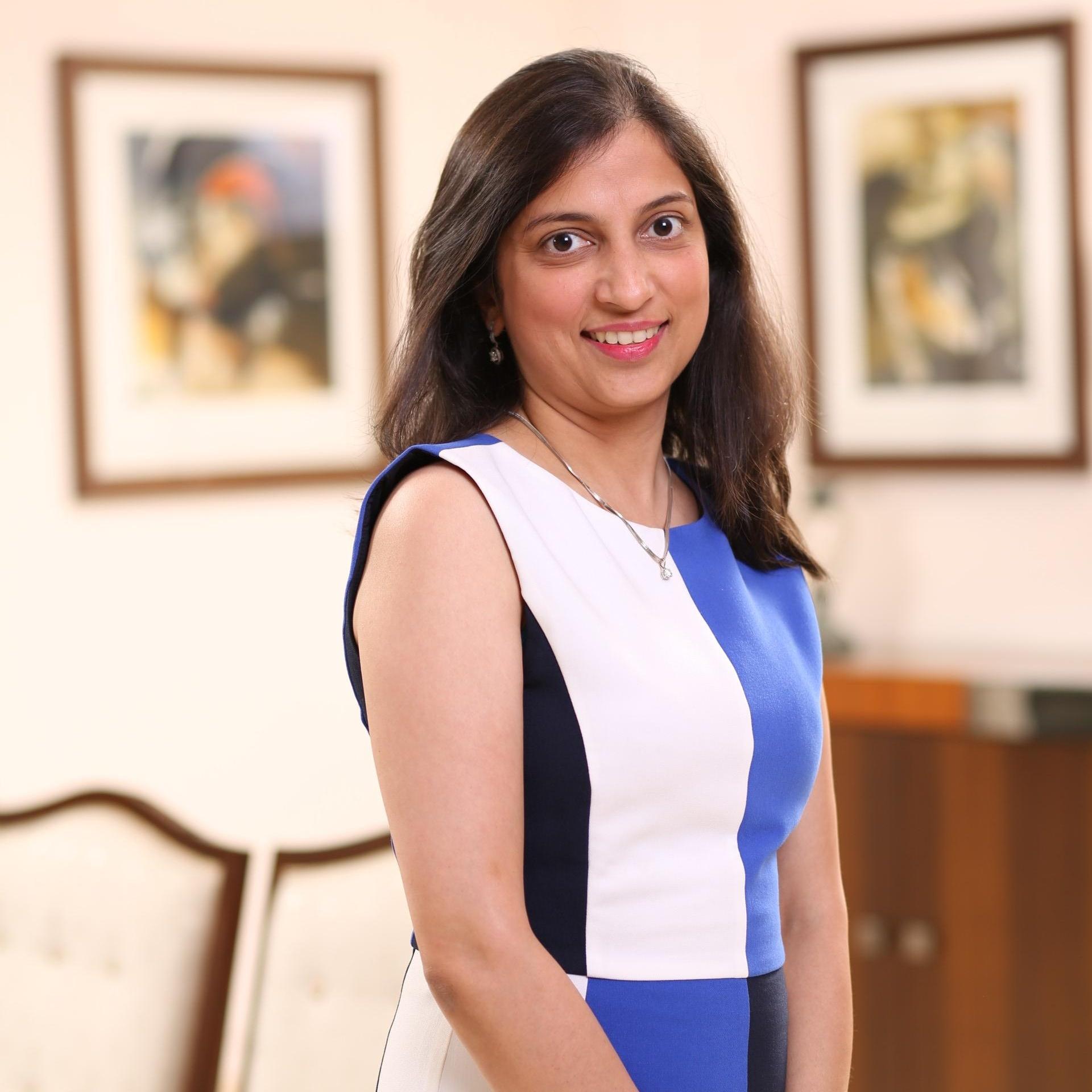 Anika Agarwal 2-067553-edited.jpg